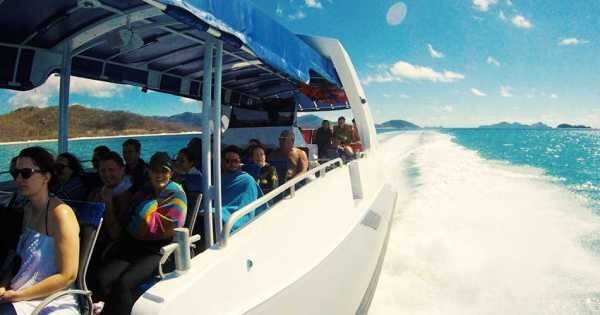 ZigZag Whitsundays Day Tour