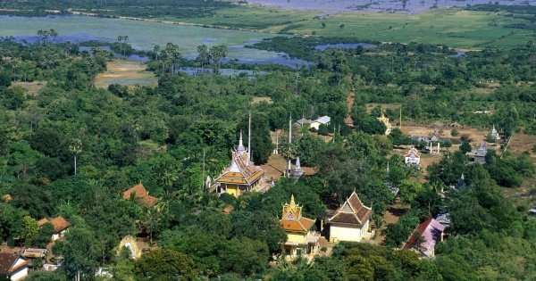Full Day Phnom Baset & Phnom Udong Private Tour