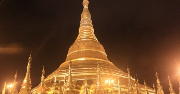 A Taste Of Myanmar of a Luxury 4 Day Private Guided Tour