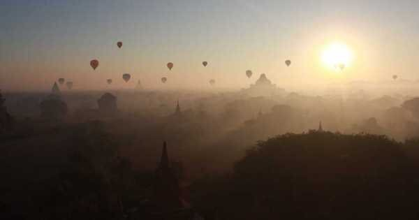 Balloon Over Bagan Inle