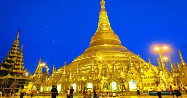 Private Full-Day Tour of Yangon in Myanmar