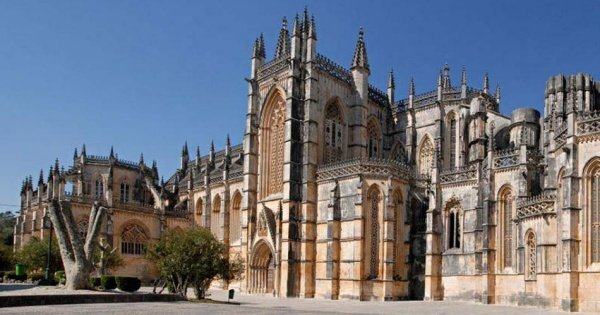 Private Tour - Monasteries and more - West From Lisbon