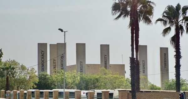 Full Day Soweto Including Apartheid Museum